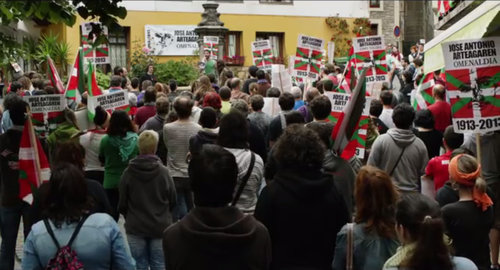3. Demonstration im Baskenland im Film ocho apellidos vascos